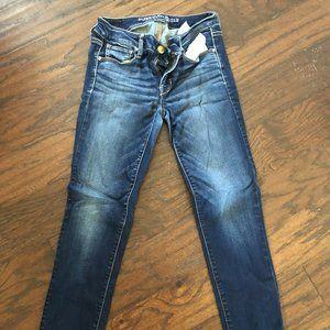 American Eagle Super Stretch Skinny Jean size 4